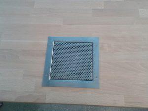Erfassungselement zur Nachrüstung in vorhandenen Arbeitstisch (Tischabsaugung)