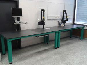 Werkbank mit integrierter Graphitabsaugung
